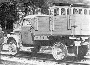 Грузовик Steyr 2000-А с приспособлением для передвижения по железной дороге