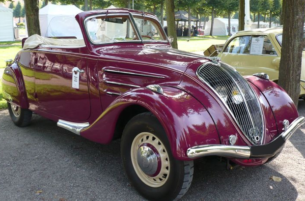 Кабриолет Peugeot-302