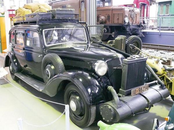 Автомобиль «Adler Diplomat» 3-GS с газогенератором
