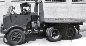 Грузовик Breda-52 с платформой для зенитного орудия