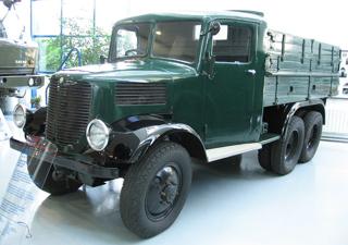 Грузовик Tatra-93