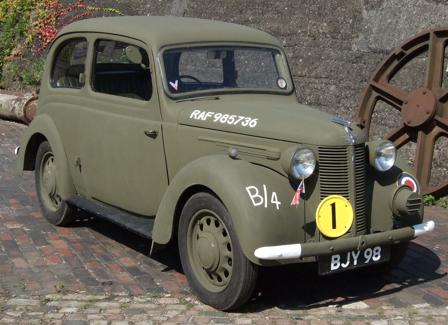 2-дверный седан Austin- 8