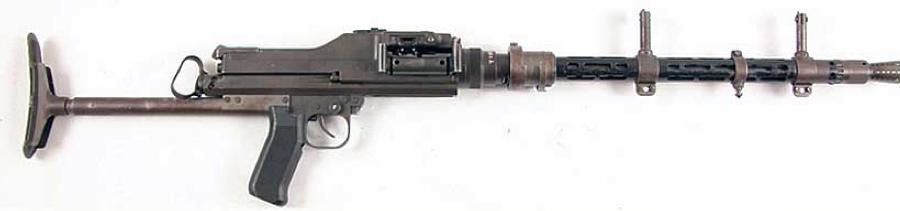 Ручной пулемет MG-81 с плечевым упором
