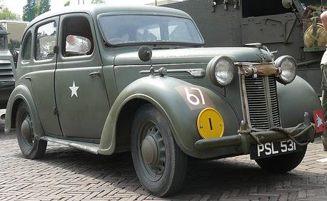 Автомобиль Austin 10-HP седан
