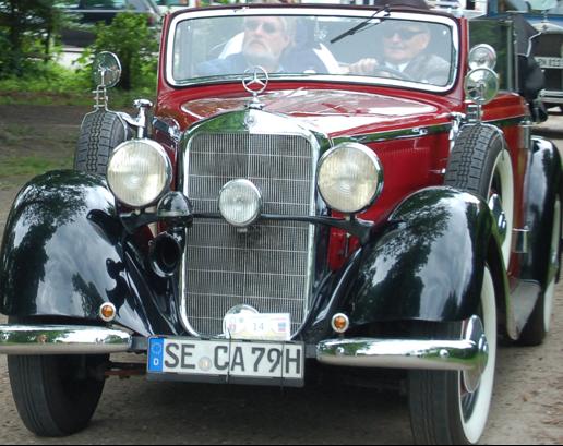 Кабриолет Mercedes-Benz 230 (W-143)