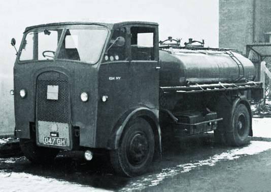 Топливозаправщик Maudslay Mogul Mk-II