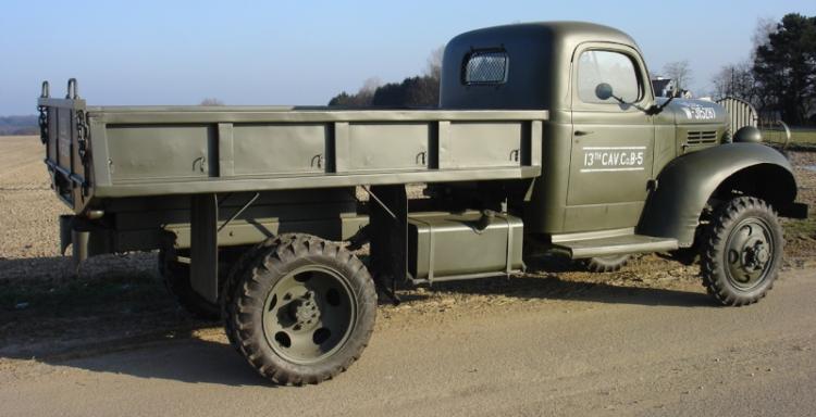 Бортовой грузовик Dodge VF-404