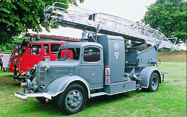 Автомобиль с пожарным оборудованием Austin К-4