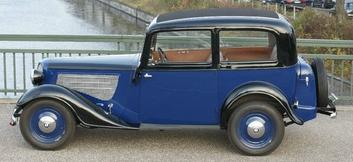Седан BMW-319