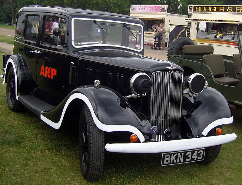Автомобиль Hillman 16-hp