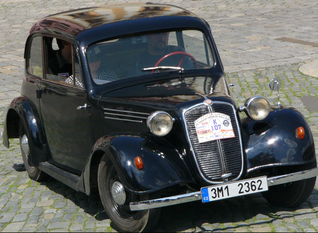 Седан Tatra 57-B