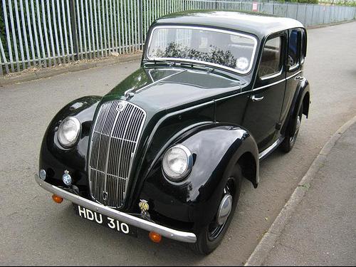 4-дверный седан Morris 8-Е