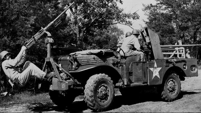 САУ на базе Dodg WC-55