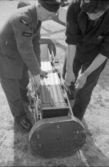 Зажигательные бомбы 4lb в контейнере
