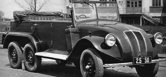 Автомобиль Tatra 82