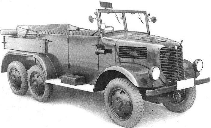 Автомобиль Tatra 93