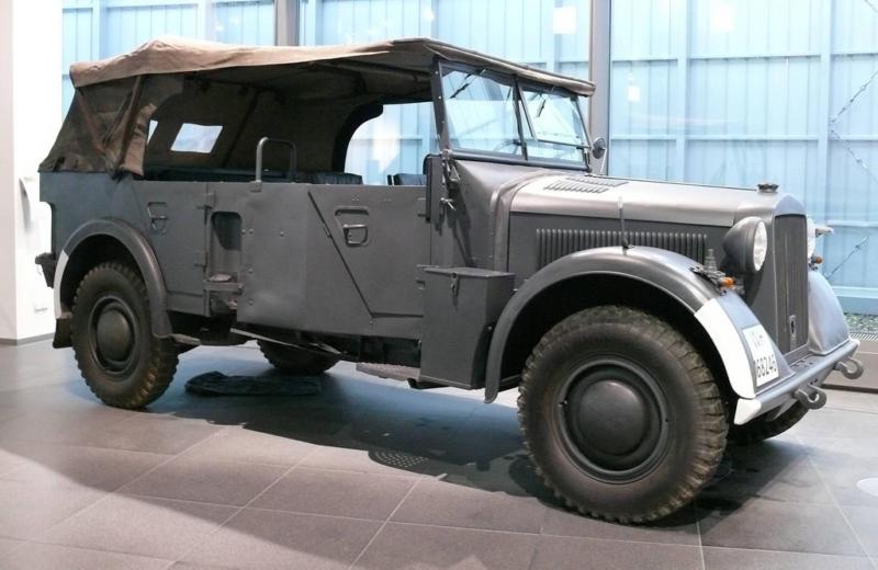 Автомобиль DKW Sonderklasse 1001 Kübelwagen