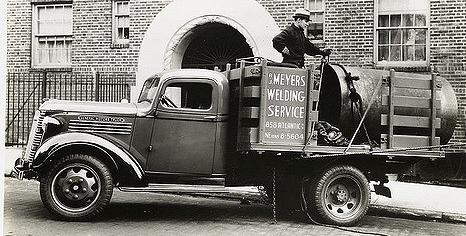 Бортовой грузовик GMC Т-16А
