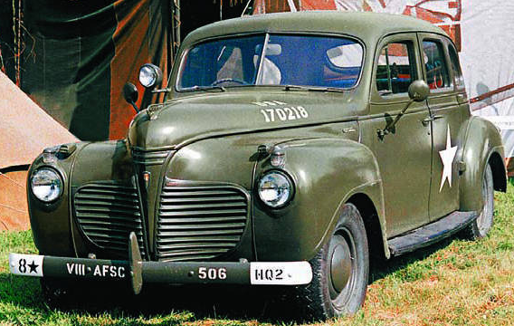 Автомобиль Chrysler Plymouth Р-11
