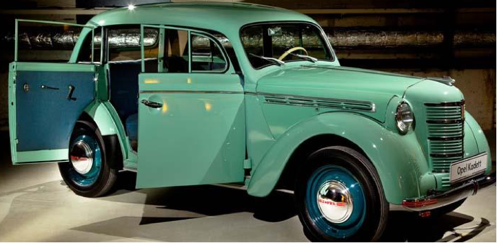 4-дверный седан Opel Kadett