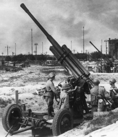 Зенитная пушка КС-12 (52-К).