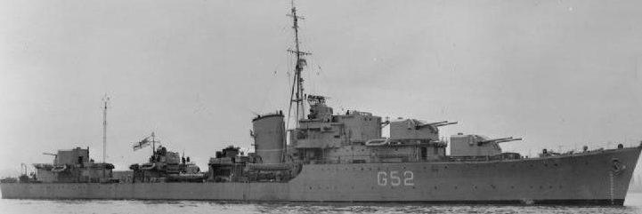 """Корабельные орудия 4.7""""/ 50 QF Mk-XХ на эсминце «Matchless»."""