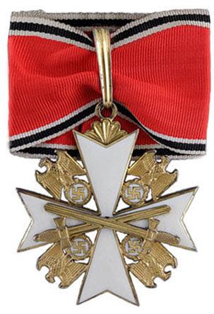 Орден Немецкого Орла 1-го класса с мечами.
