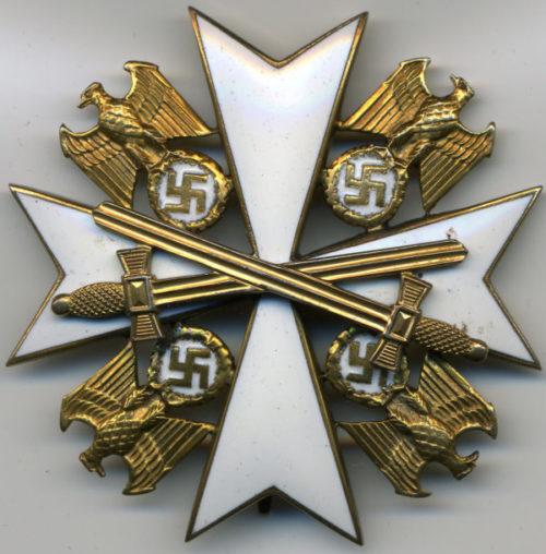 Орден Немецкого Орла 4 класса с мечами.