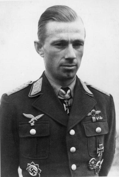Лент Гельмут (Helmut Lent) (13.06.1918 – 07.10.1944)