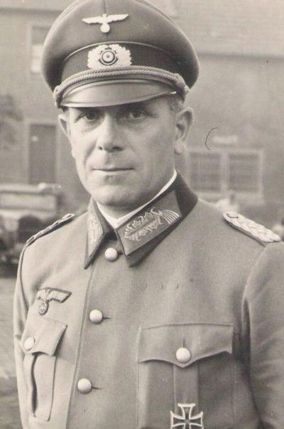 Холлидт Карл-Адольф ( Karl-Adolf Hollidt) (28.04.1891 - 22.05.1985)
