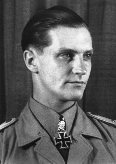 Марсель Ханс-Йоахим (Hans-Joachim Marseille) (13.12.1919 - 30.9.1942)