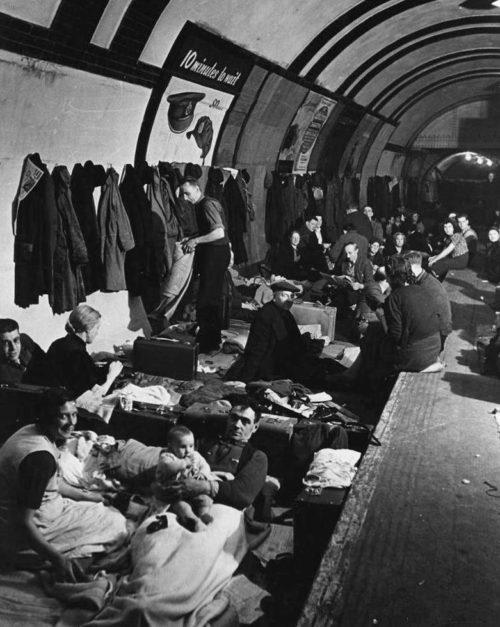 Бомбоубежище в лондонском метро
