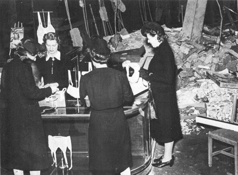 Магазин на Оксфорд-стрит. Лондон. 1941 г