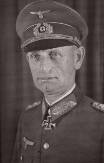 Брокдорф-Алефельд Вальтер граф фон (Walter Graf von Brockdorff-Ahlefeldt) (13.07.1887 - 09.05.1943)