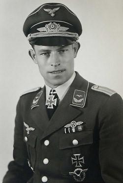 Эрлер Генрих (Heinrich Ehrler) (14.09.1917 – 06.04.1945)