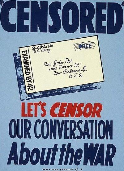Американский плакат времен Второй мировой войны. Изображено солдатское письмо, прошедшее цензуру
