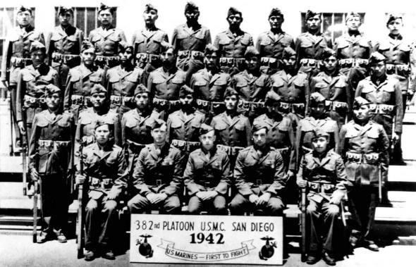 Первый выпуск радистов-шифровальщиков «Школы навахо». Сан Диего, 1942 г