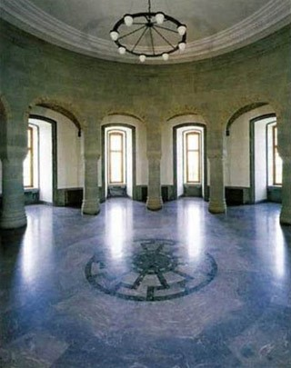 Зал обергруппенфюреров (12 рыцарей) в замке Вевельсбурга