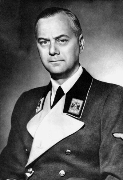 Розенберг Альфред Эрнст (Alfred Ernst Rosenberg) (12.01.1893 - 16.10.1946)