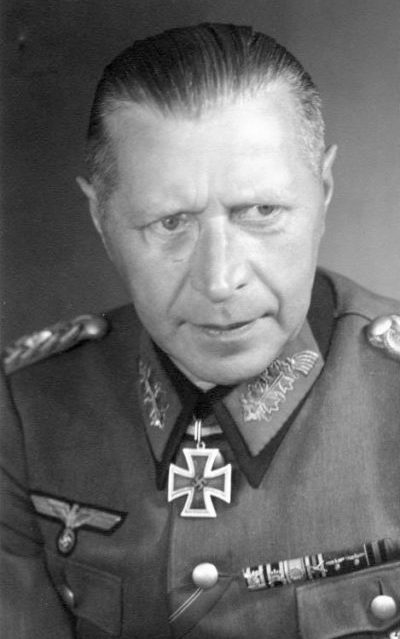 Вейдлинг Гельмут (Helmuth Otto Ludwig Weidling) (02.11.1891 - 17.11.1955)