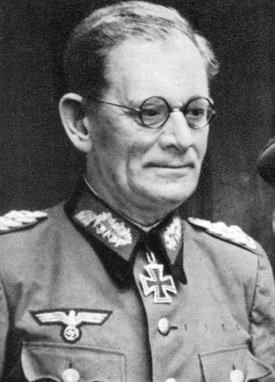 Вейхс Максимилиан Мария Йозеф Карл Габриэль Ламораль (Maximilian von Weichs) (12.11.1881 - 27.09.1954)