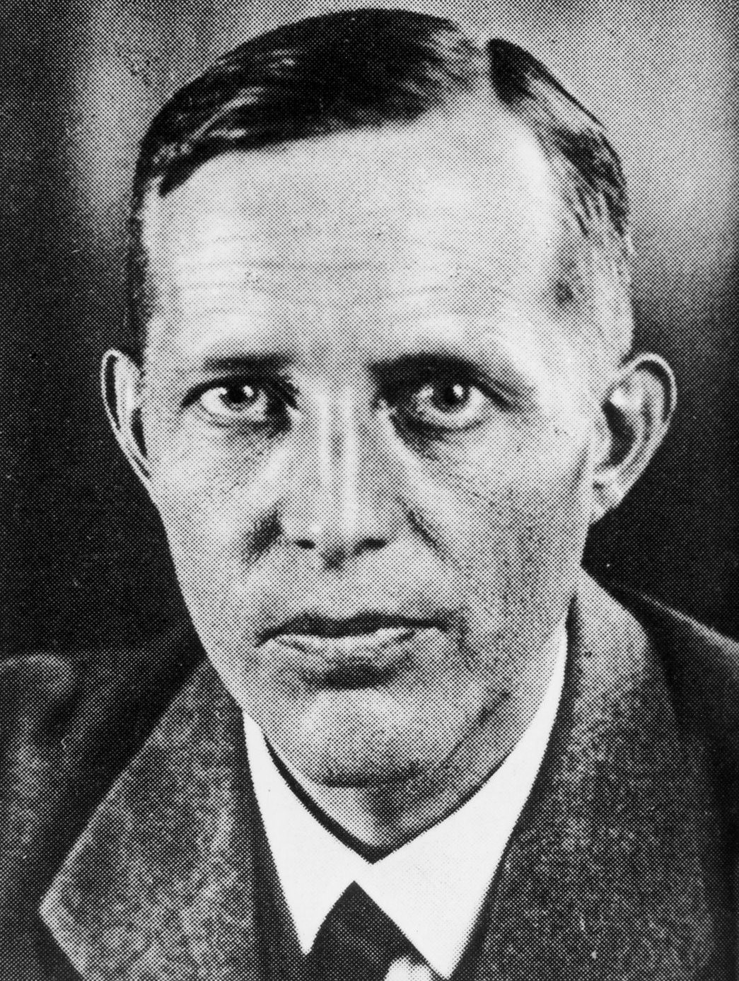 Шверин фон Крозиг Людвиг (Johann Ludwig Graf Schwerin von Krosigk) (22.08.1887 - 04.03.1977)
