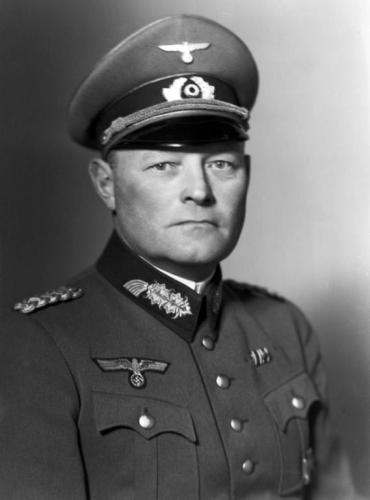 Гёпнер Эрих (Erich Hoepner) (14.09.1886 - 08.08.1944)