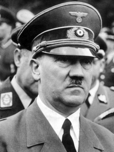 Гитлер Адольф (Adolf Hitler) (20.04.1889 - 29.04.1945)