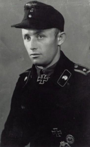 Кершер Альберт (Albert Kerscher) (29.03.1916 – 12.06.2011)