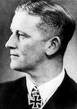 Клаусен Асмус Николай (Asmus Nicolai Clausen) (02.06.1911 – 16.05.1943)