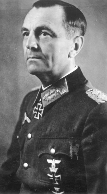 Паулюс Фридрих Вильгельм Эрнст (Friedrich Wilhelm Ernst Paulus) (23.09.1890 – 01.02.1957)