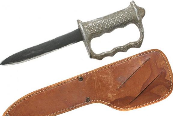 Нож-кастет