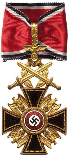 Аверс Немецкого Ордена 1-го класса с Дубовыми листьями и Мечами