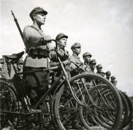 Финские велосипедисты. 1921 г.